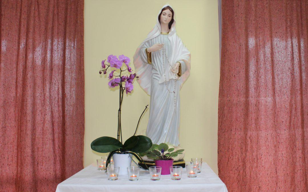 Sprejem Marijinega kipa na Tišini
